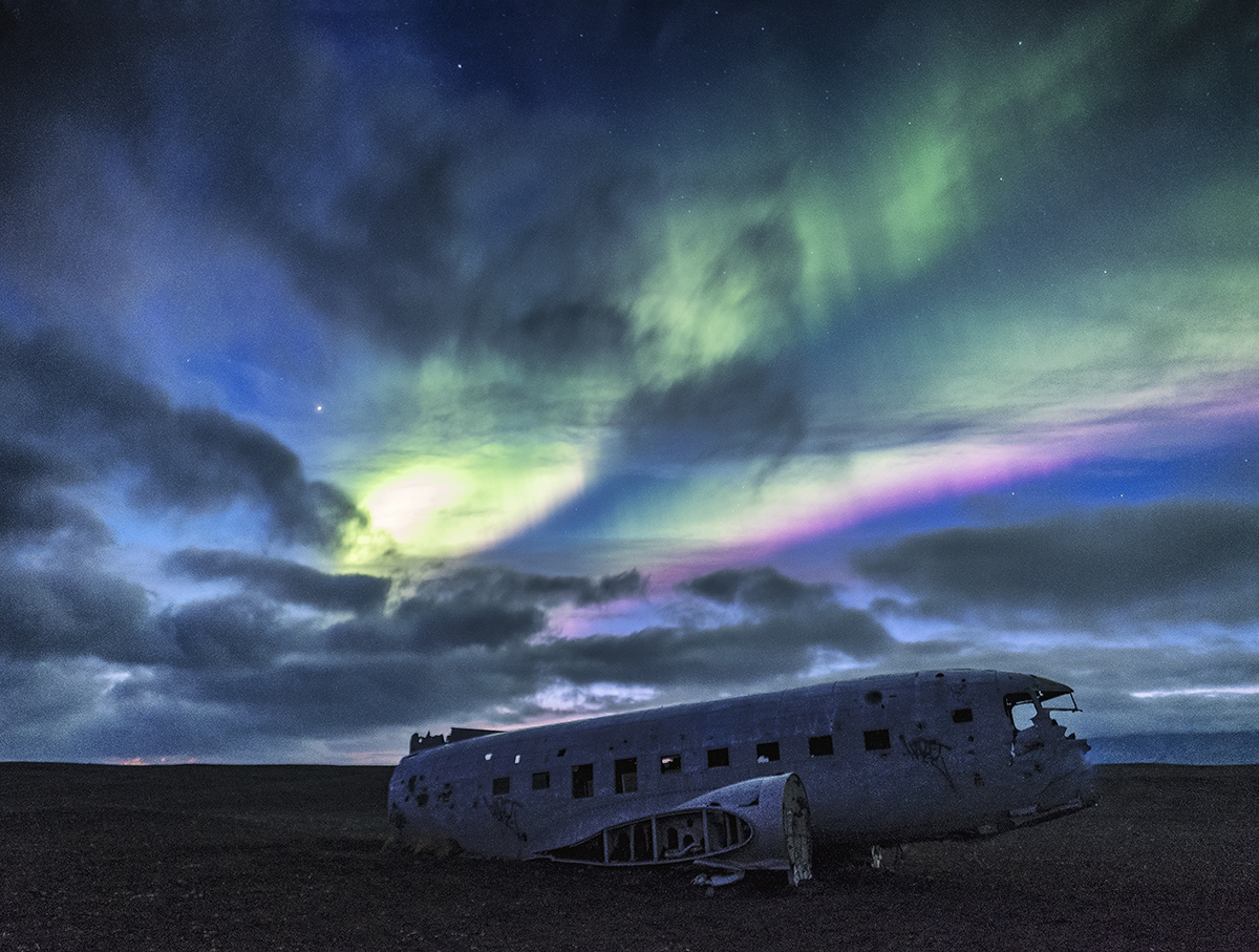 Aurora at Crashed DC3 site in Iceland